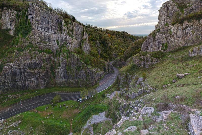 Cheddar Gorge - hẻm núi lớn nhất nước Anh